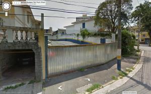 Estacionamento em lugar de casa e onde subirá um prédio